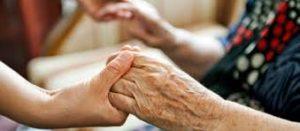 accueillir une personne âgée